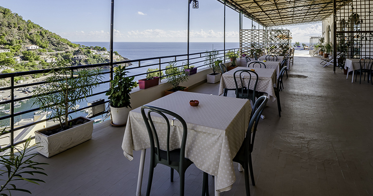 terrace on the sea 6